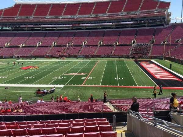 Cardinal Stadium, secção: 228, fila: L, lugar: 105