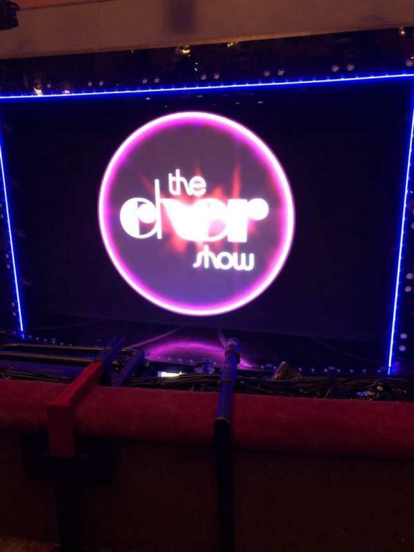 Neil Simon Theatre, secção: Front Mezzanine C, fila: B, lugar: 121