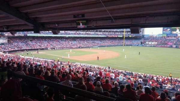 Angel Stadium, secção: T227, fila: SA, lugar: 4