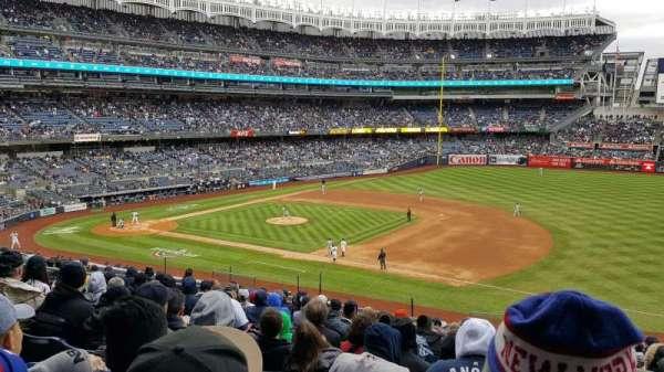 Yankee Stadium, secção: 214A, fila: 13, lugar: 01