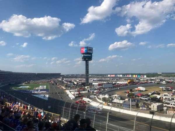 Charlotte Motor Speedway, secção: GNT E, fila: 20, lugar: 6