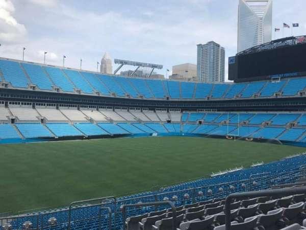 Bank of America Stadium, secção: 348, fila: 8, lugar: 1