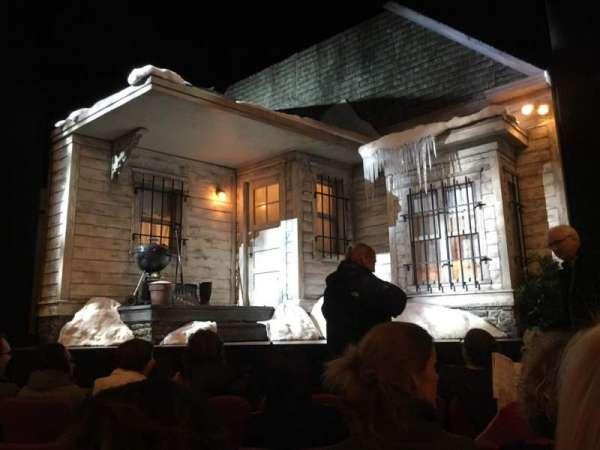 Broadhurst Theatre, secção: Orchestra, fila: C, lugar: 109