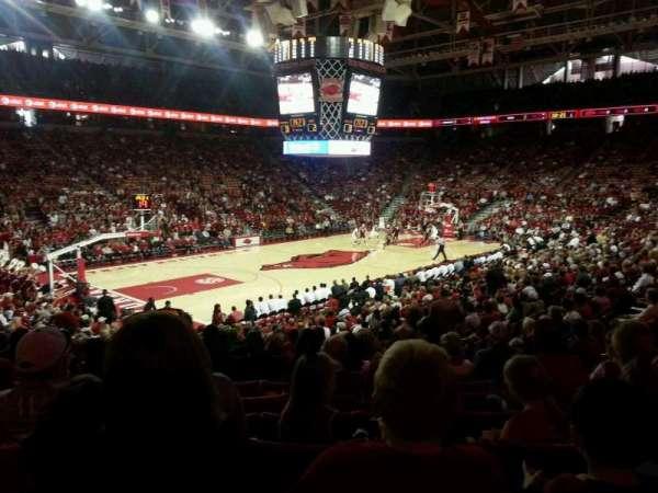 Bud Walton Arena, secção: 119, fila: 9, lugar: 10