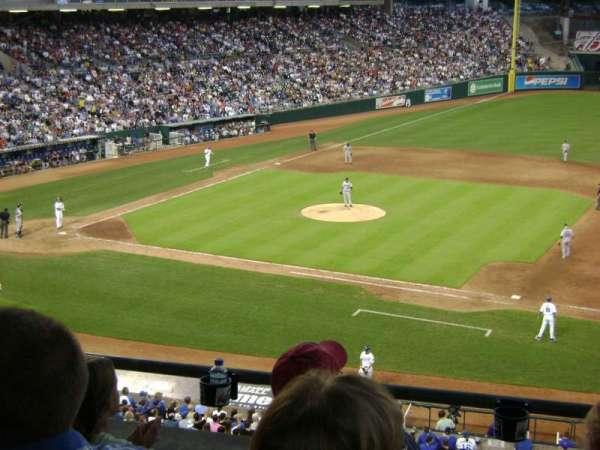 Kauffman Stadium, secção: 234, fila: D, lugar: 7