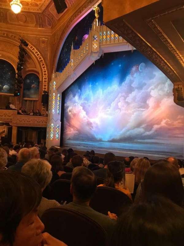 Eugene O'Neill Theatre, secção: Orchestra, fila: J, lugar: 26