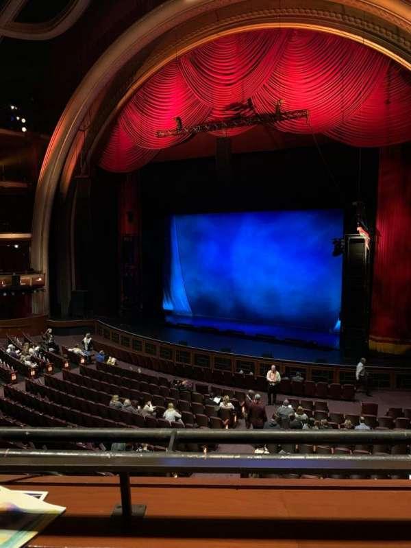 Dolby Theatre, secção: Mezz Right, fila: A, lugar: 10