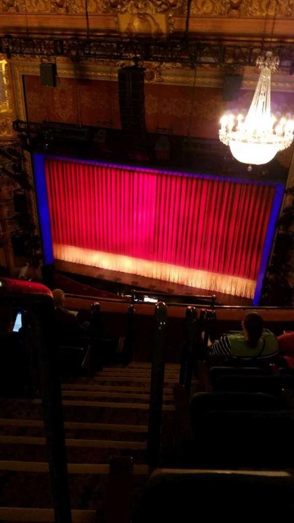 Longacre Theatre, secção: Balcony R, fila: F, lugar: 1