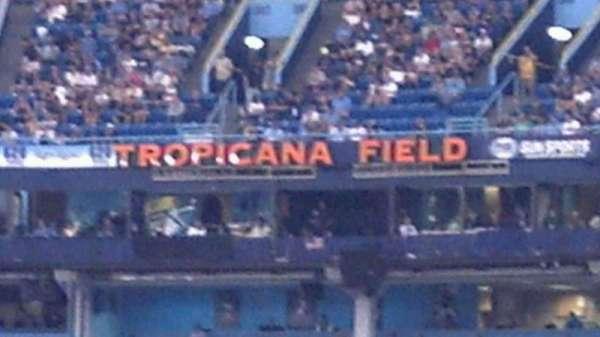 Tropicana Field, secção: 143, fila: Y, lugar: 1