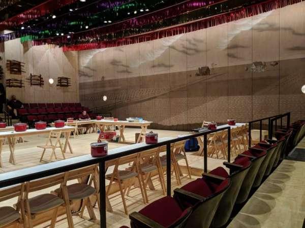 Circle in the Square Theatre, secção: Orchestra 200 (Even), fila: C, lugar: 228
