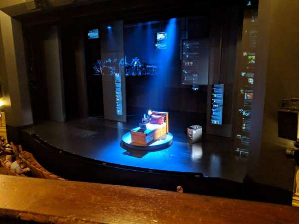 Music Box Theatre, secção: Mezzanine Right, fila: A, lugar: 14