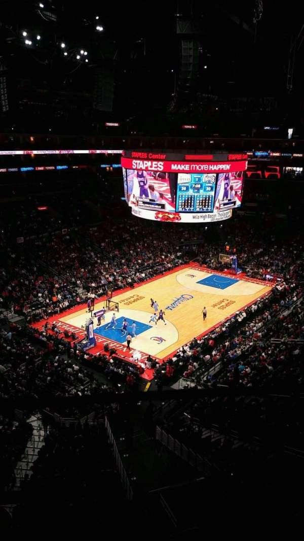 Staples Center, secção: 306, fila: 1, lugar: 5