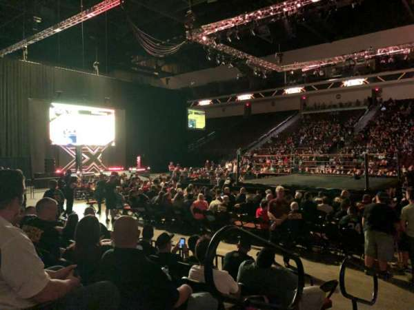 Orleans Arena, secção: 114, fila: EE, lugar: 1