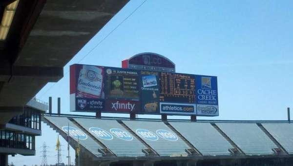Oakland Coliseum, secção: 239, fila: 11, lugar: 9