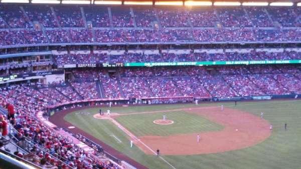 Angel Stadium, secção: V536, fila: K, lugar: 1