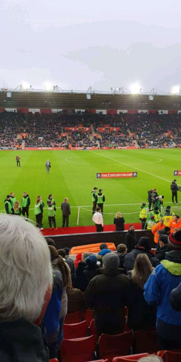 St Mary's Stadium, secção: 08, fila: N, lugar: 0201