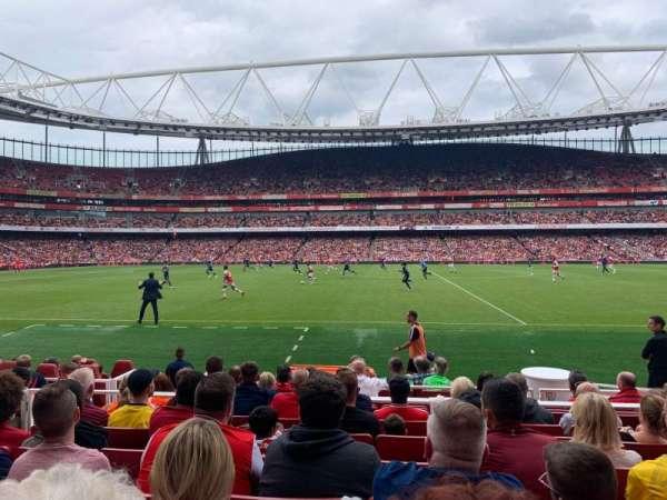Emirates Stadium, secção: 1, fila: 11, lugar: 11