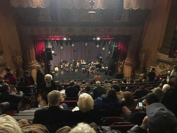 Beacon Theatre, secção: Upper Balcony C, fila: L, lugar: 102