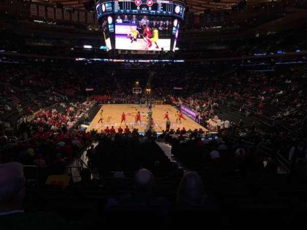 Madison Square Garden, secção: 102, fila: 16, lugar: 6
