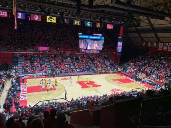 Louis Brown Athletic Center, secção: 202, fila: L, lugar: 2