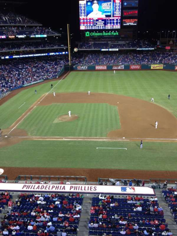Citizens Bank Park, secção: 315, fila: 1, lugar: 9