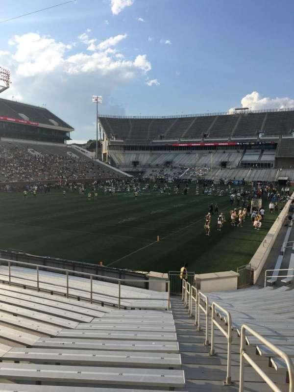 Bobby Dodd Stadium, secção: 132, fila: 22, lugar: 32