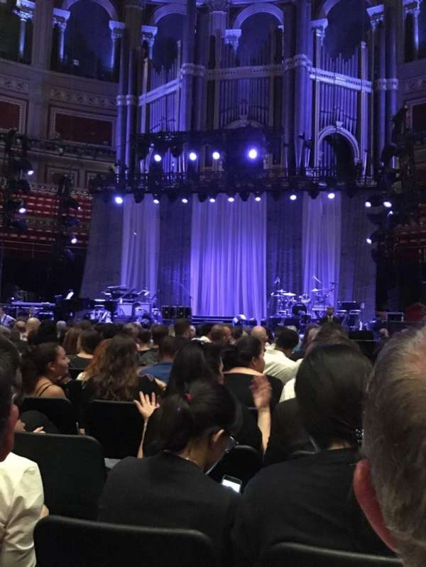 Royal Albert Hall, secção: E, fila: 16, lugar: 25