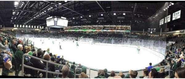 Munn Ice Arena, secção: F, fila: 7, lugar: 7