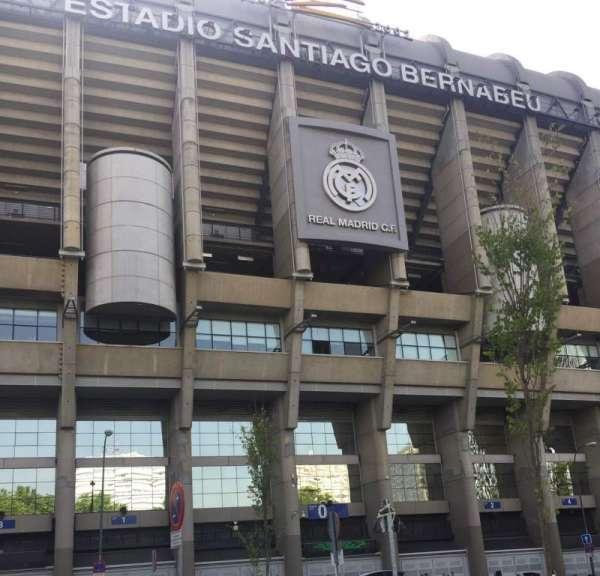 Santiago Bernabéu Stadium, secção: Exterior