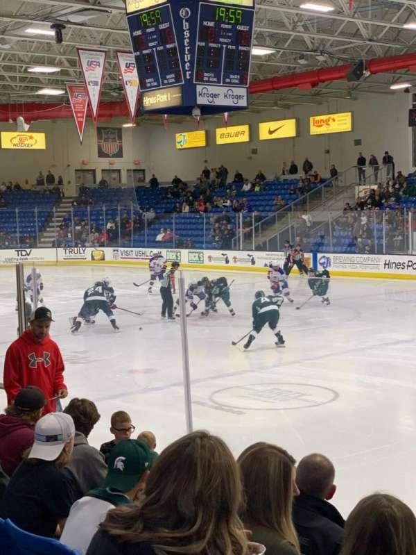USA Hockey Arena, secção: 101, fila: G, lugar: 5