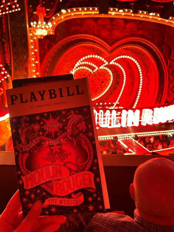 Al Hirschfeld Theatre, secção: MezzL, fila: B, lugar: 5