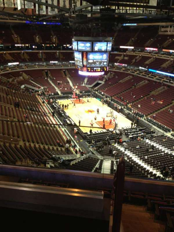 United Center, secção: 328, fila: 9, lugar: 20
