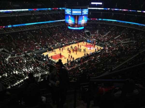 United Center, secção: 305, fila: 14, lugar: 1