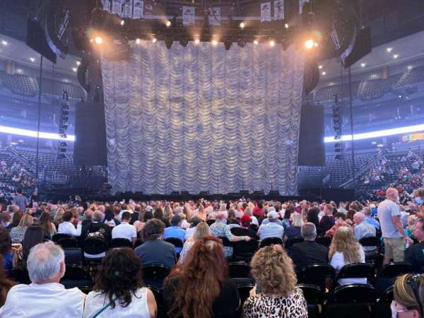Ball Arena, secção: Floor EEE, fila: 6, lugar: 10
