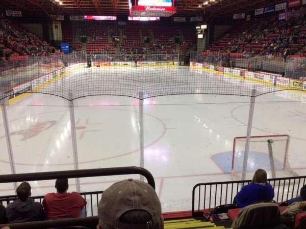 Floyd L. Maines Veterans Memorial Arena, secção: 23, fila: B, lugar: 1