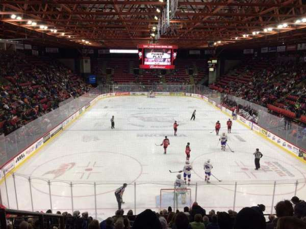 Floyd L. Maines Veterans Memorial Arena, secção: 22, fila: K, lugar: 15