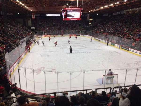 Floyd L. Maines Veterans Memorial Arena, secção: 9, fila: H, lugar: 2