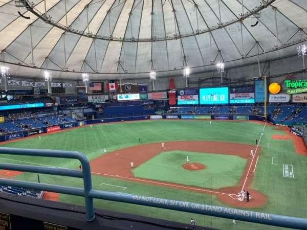 Tropicana Field, secção: 305, fila: B, lugar: 3