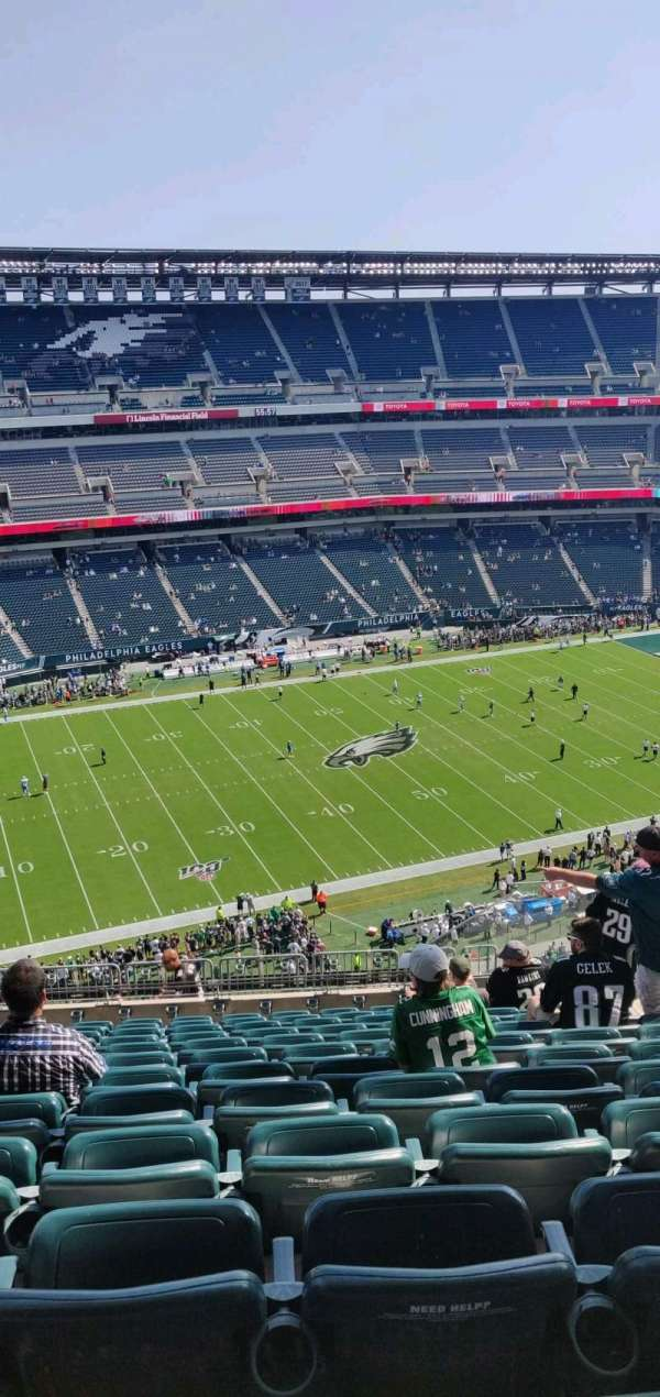Lincoln Financial Field, secção: 242, fila: 16, lugar: 8