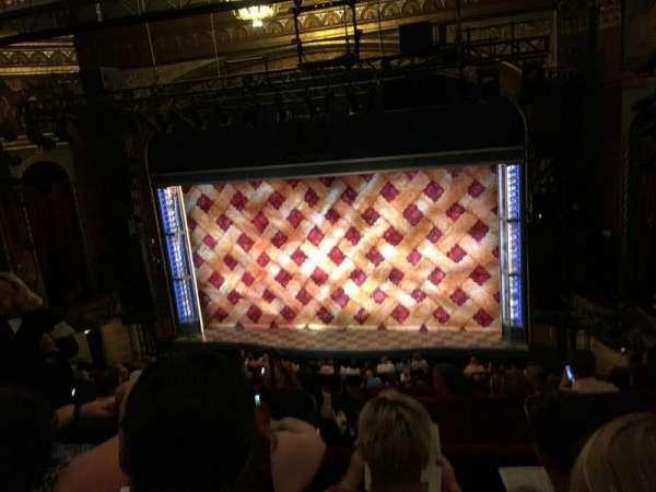Brooks Atkinson Theatre, secção: Rear Mezzanine RC, fila: G, lugar: 106