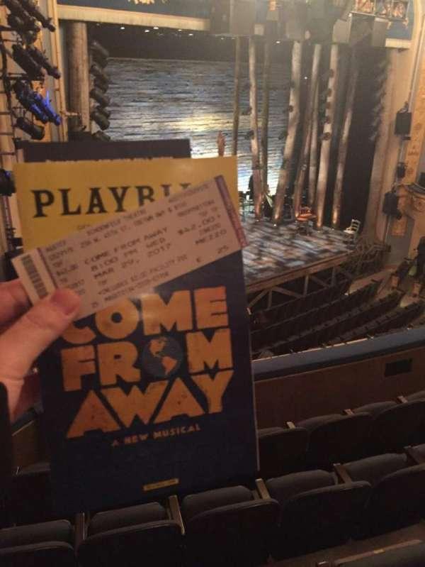 Gerald Schoenfeld Theatre, secção: Mezzanine L, fila: E, lugar: 25