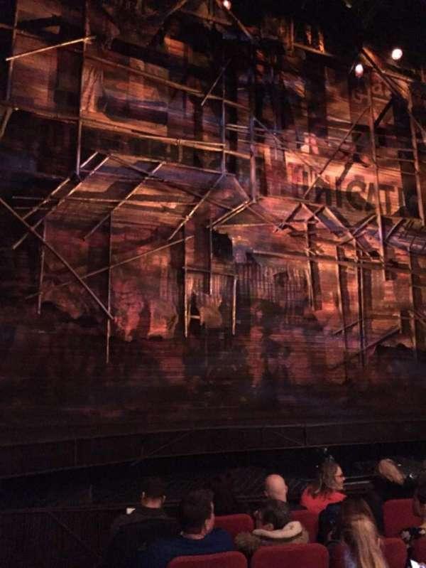 Broadway Theatre - 53rd Street, secção: Orchestra L, fila: F, lugar: 2