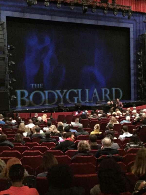 Nederlander Theatre (Chicago), secção: Orchestra L, fila: W, lugar: 21