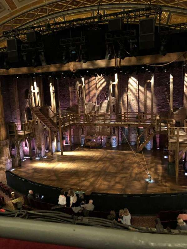 Richard Rodgers Theatre, secção: Front Mezzanine R, fila: A, lugar: 2