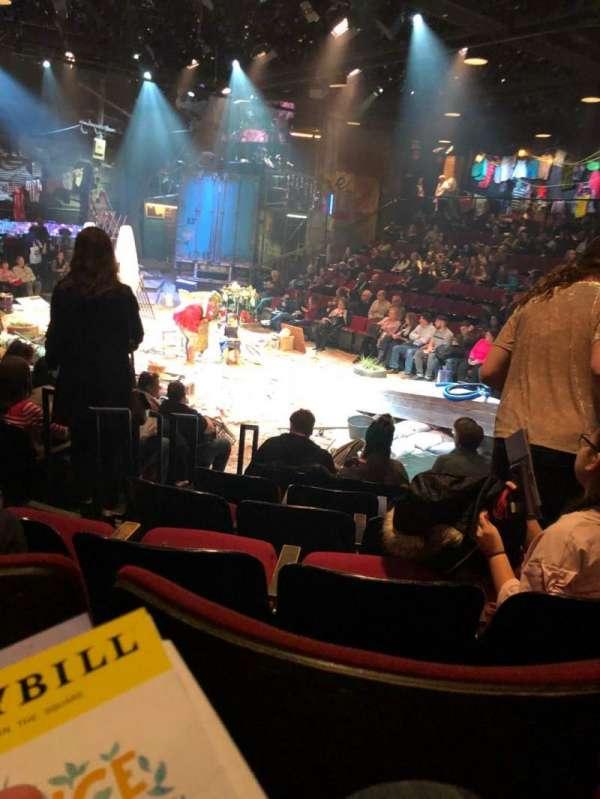Circle in the Square Theatre, secção: Orchestra 100 (Odd), fila: E, lugar: 127