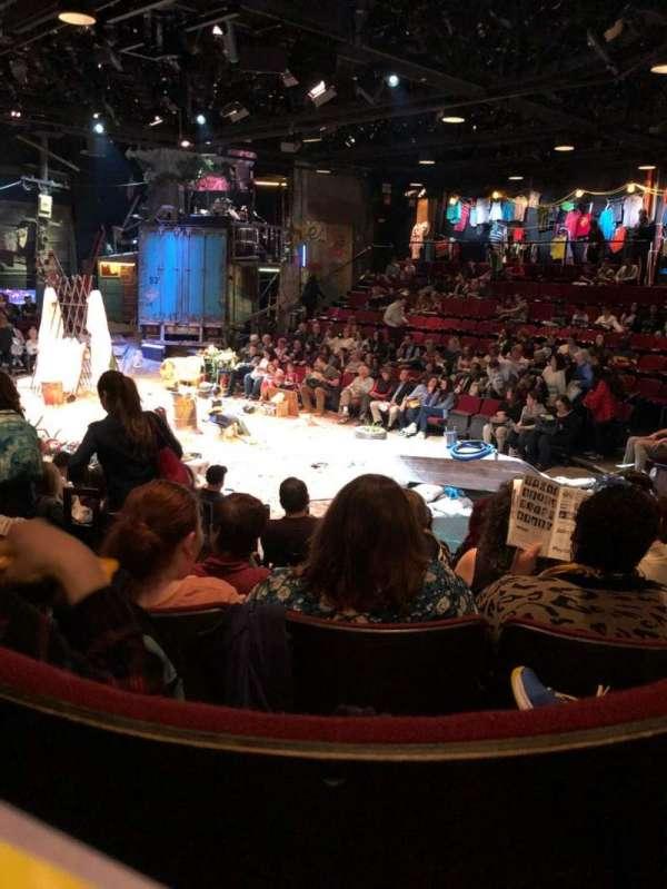 Circle in the Square Theatre, secção: Orch, fila: G, lugar: 131