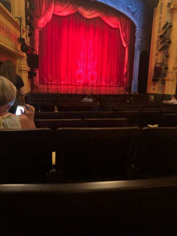 Hudson Theatre, secção: Orchestra L, fila: P, lugar: 7
