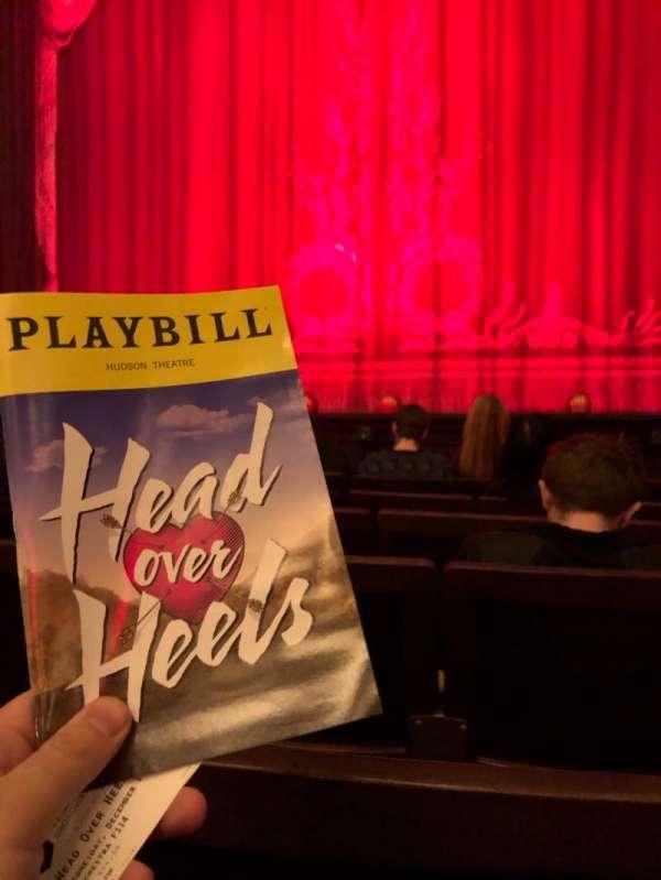 Hudson Theatre, secção: Orchestra C, fila: F, lugar: 114