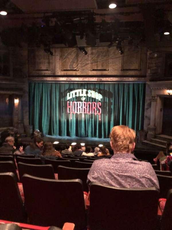 Westside Theatre, secção: Orch, fila: M, lugar: 102