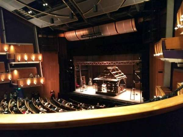 Ahmanson Theatre, secção: Mezzanine, fila: B, lugar: 3
